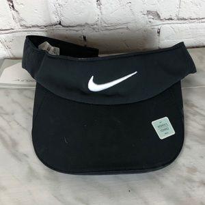 NWT Nike Golf Visor Black White